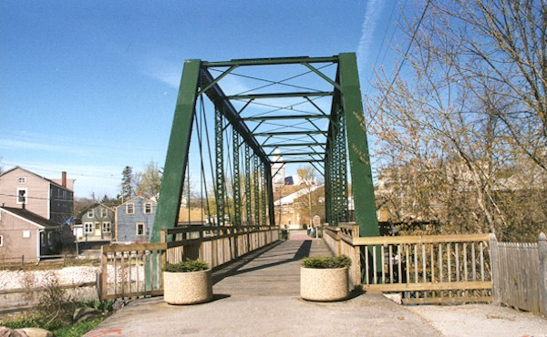 Green Footpath Bridge