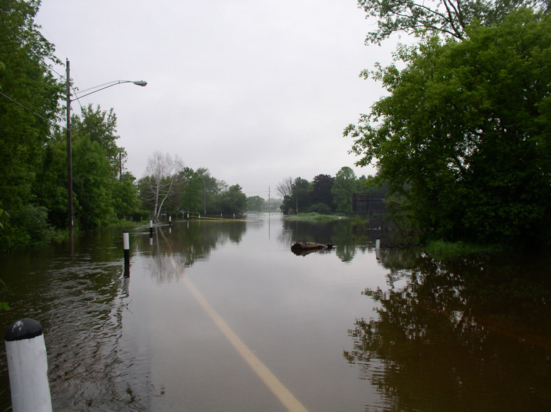 Milwaukee River Flooding in Saukville 005