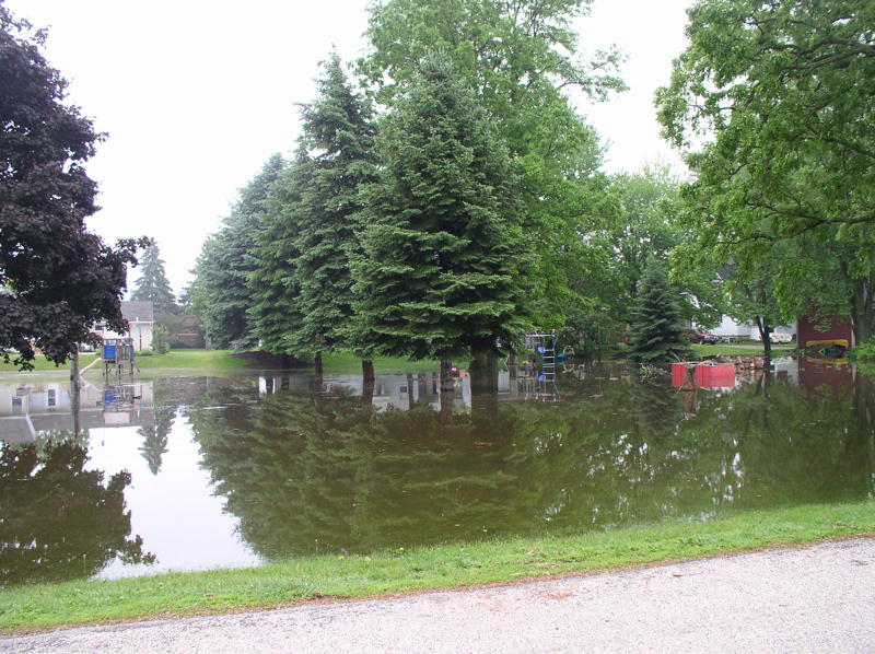 Milwaukee River Flooding in Saukville 006
