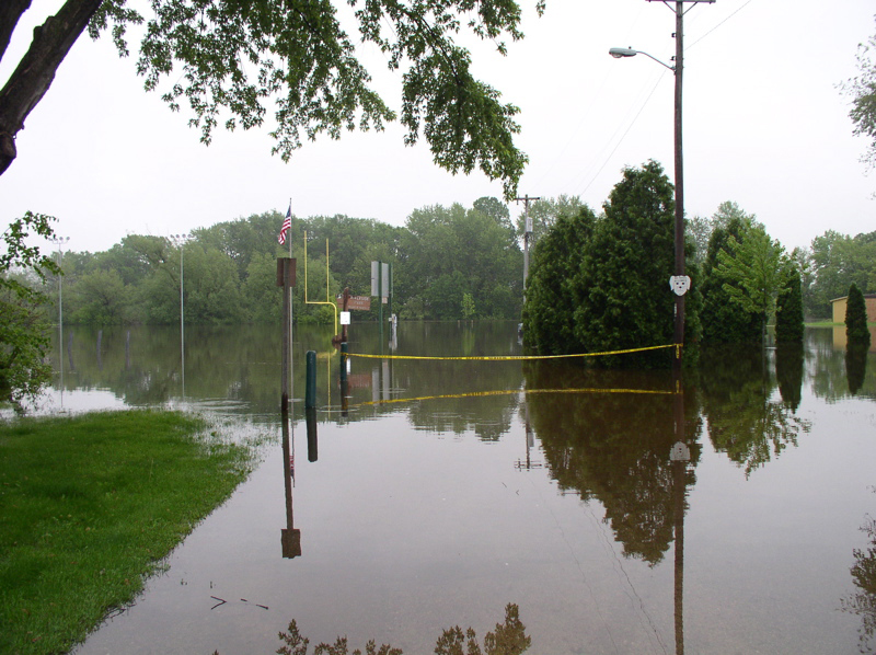 Milwaukee River Flooding in Saukville 010